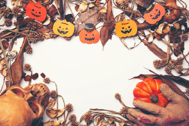 halloween inspired foliage designs